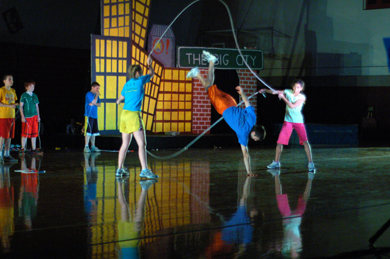 A performer does jump rope tricks