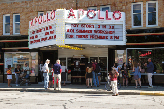 Apollo marquee lists Toy Story 3 and AOI Simmer Workshop for Teens Premiere 5 PM