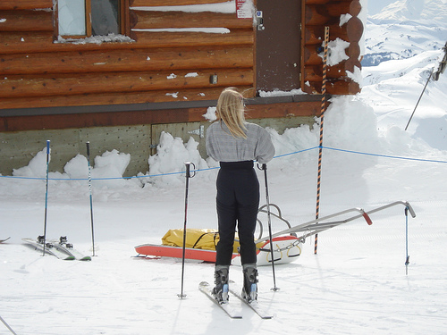A woman in nordic skis