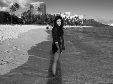 Eint Kyi '15 on Waikiki Beach in Honolulu, Hawaii