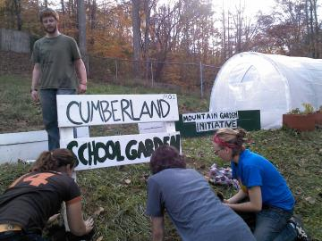 Students garden at the Cumberland School Garden