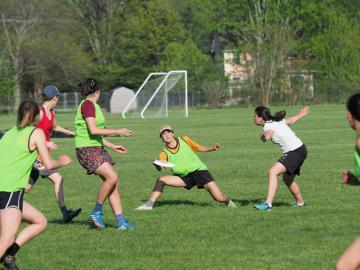 Oberlin College women's and trans Ultimate team