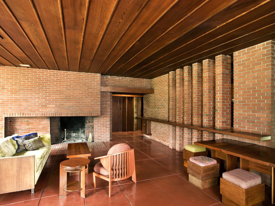 Weltzheimer johnson house oberlin college and conservatory Frank lloyd wright the rooms interiors and decorative arts