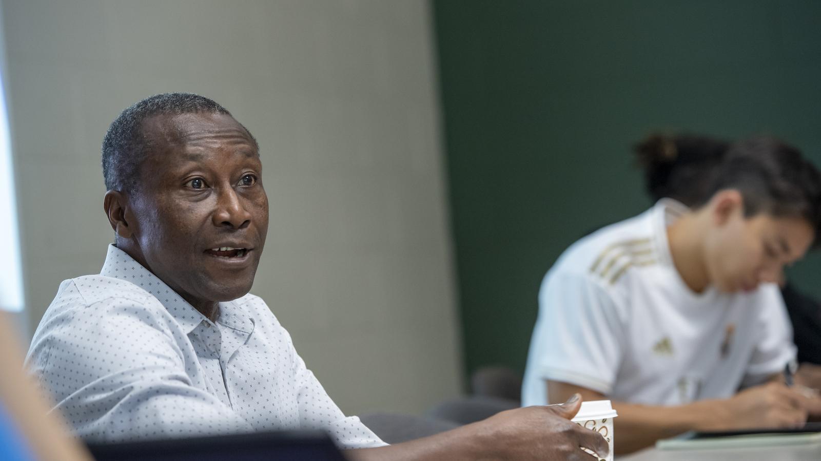 Professor Darko Opoku in class.