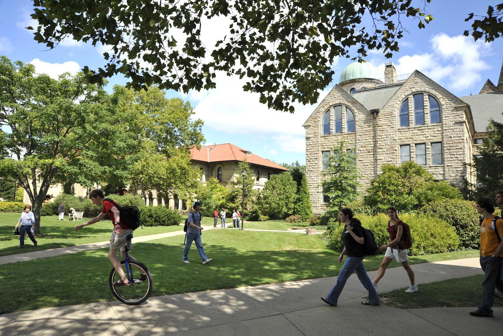 Campus scene showing Wilder Bowl
