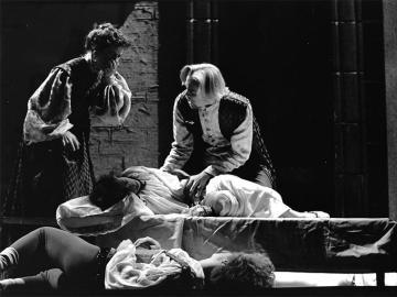 Jeffrey Frace as Capulet, Kathleen Clarke as Lady Capulet, Melissa Friedman as Juliet, Jeff Burrell as Romeo in Romeo & Juliet, Nov 30-Dec 2, 1989