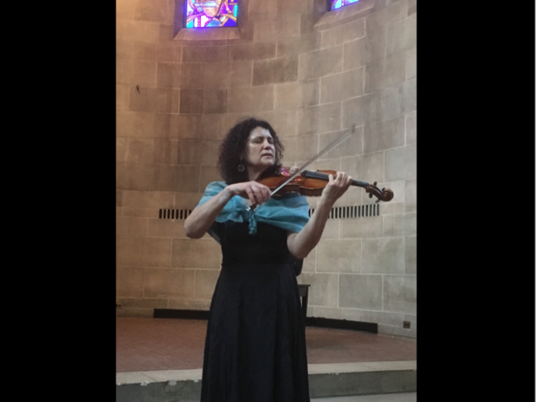 Violinist Iva Bittová performs in Fairchild Chapel