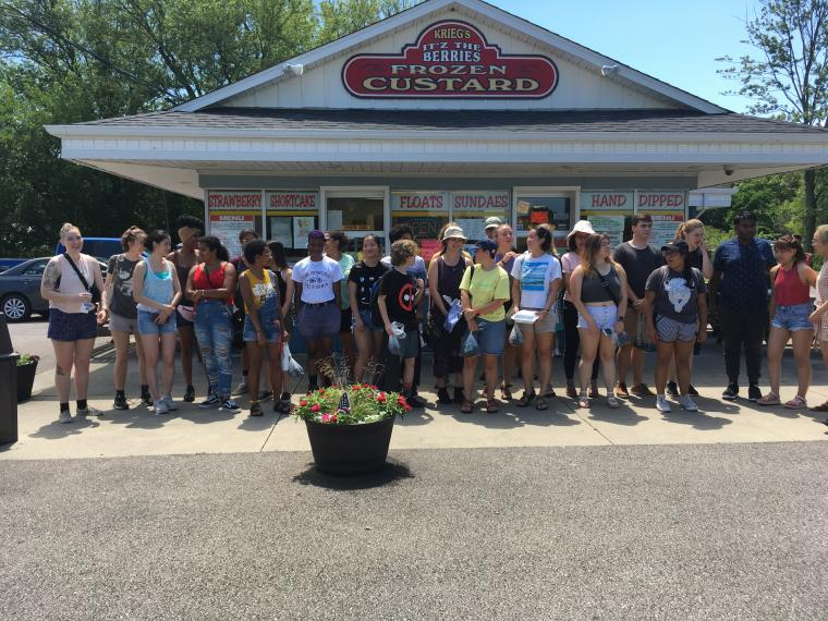 Summer researchers take a trip to Krieg's: a community building activity organized by the Oberlin Summer Research Institute (OSRI)