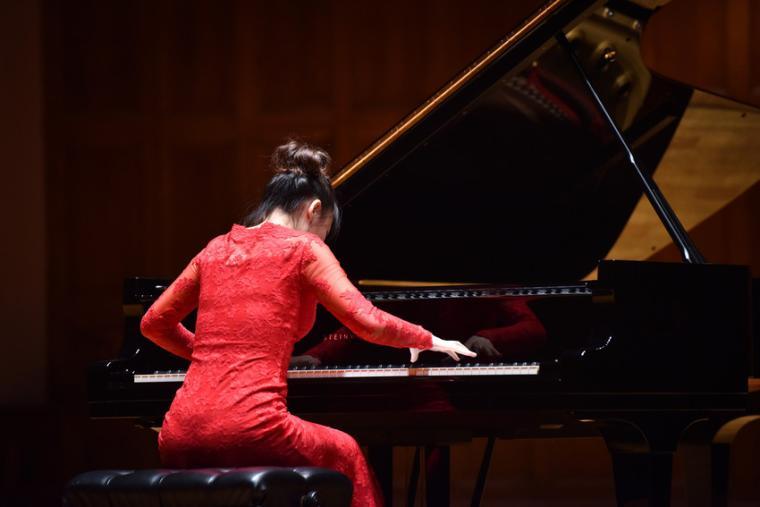 Pianist Ran Jia
