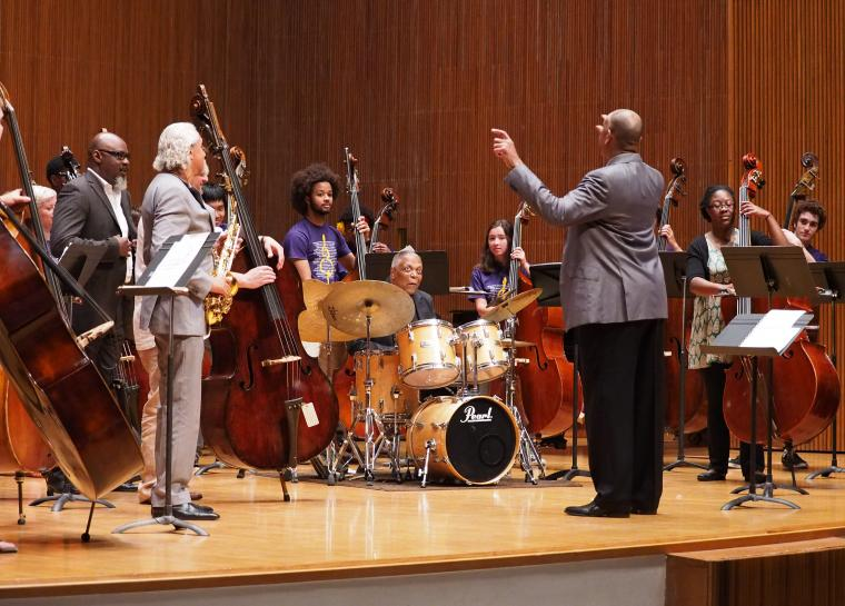 Jazz ensemble including several double basses