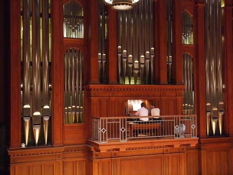 Organist plays Finney Chapel Organ