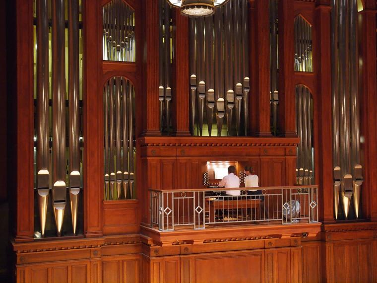 Organist plays Finney Chapel Organ
