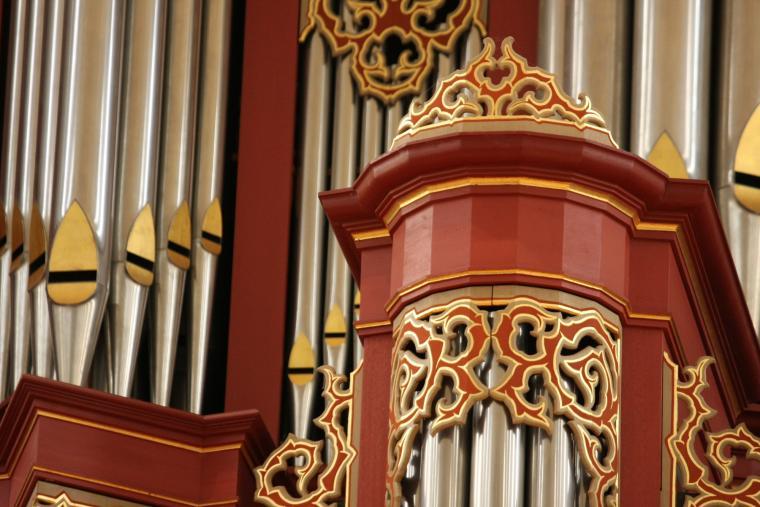 Organ pipes detail.