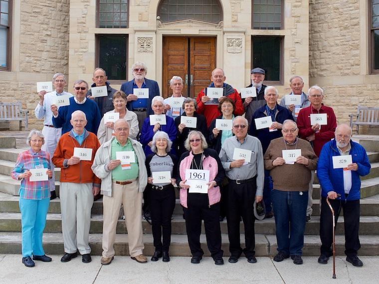 Photo of Class of 1961 with cards at CRW 2017